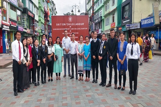 A skit on the subject Child Labour along with the students of the 9th Semester, of Sikkim University, on 3rd September, 2019 at Rangpo Bazaar and with the students of 5th Semester of Sikkim Government Law College, Burtuk on 11th September, 2019 at M.G. Marg, Gangtok.